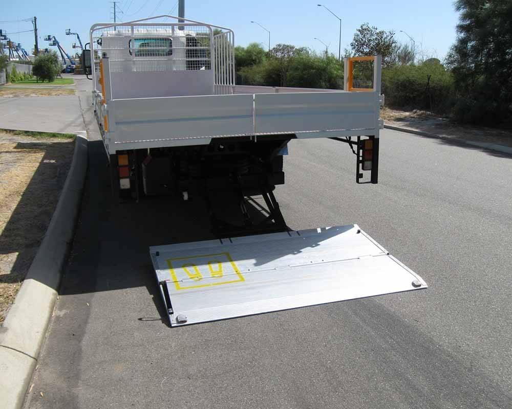 Light Truck Tail Lifter Install 4